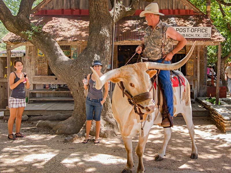 Summer fun in Luckenbach