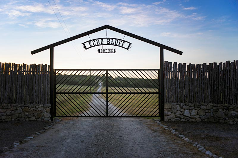 Echo Bluff Ranch Gate