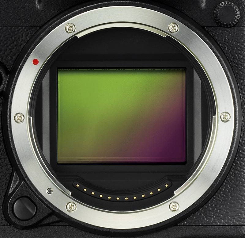 Fujifilm GFX 50S - Mount and Sensor Detail