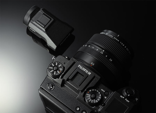 Fujifilm GFX 50S - Top and Viewfinder
