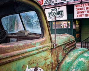 Floore Country Store